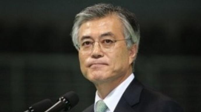 """""""문재인은 북한 정치인""""…논란 일자 즉..."""