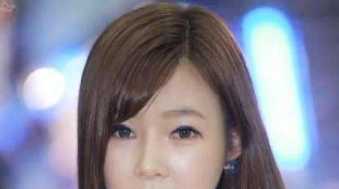 일라이 부인… 11살 연상의 미모 레이싱 ...