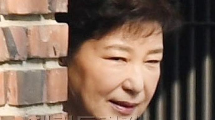 """""""박 전 대통령, 산발하고 화장도 안 한 ..."""