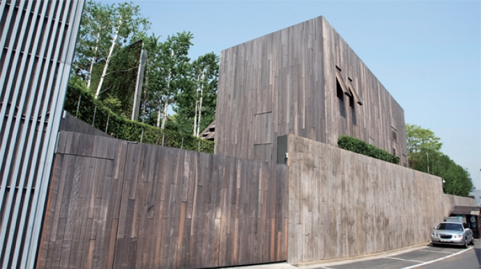 Samsung chairman owns Seoul's 5 most expensive houses