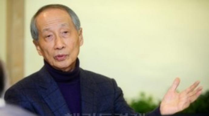 """윤여준 """" 10%포인트 격차 뒤집는것, 쉬운..."""
