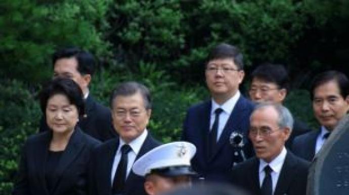 """황교안 """"한국 위대한 나라"""" 주장에 김홍..."""