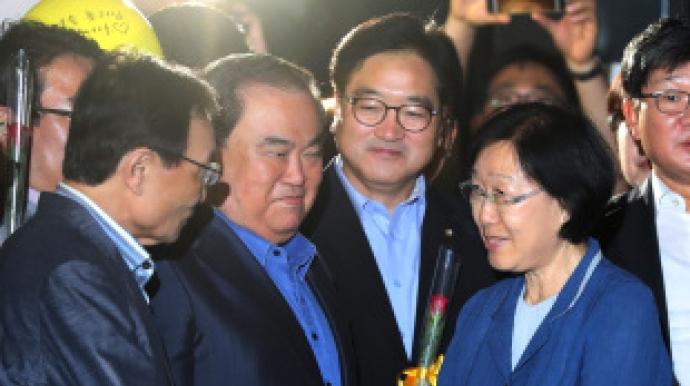"""한명숙 왜 2년간 옥살이했나…추미애 """"영..."""