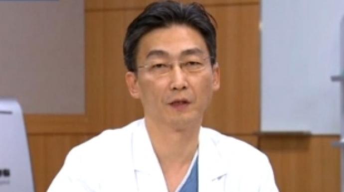 """이국종 교수""""치료정보 공개, 군ㆍ정부와..."""