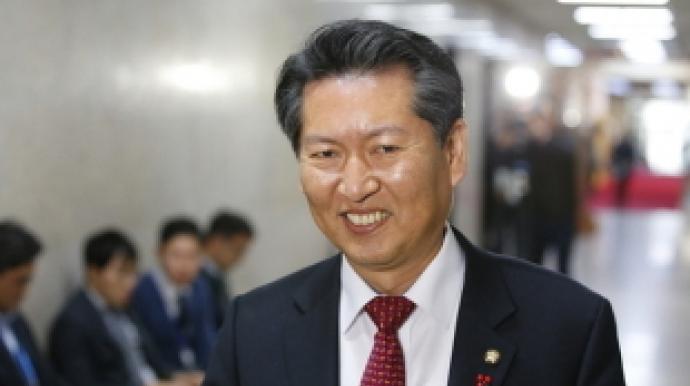 '개나 소나 서울시장' 신동욱 비난에…...
