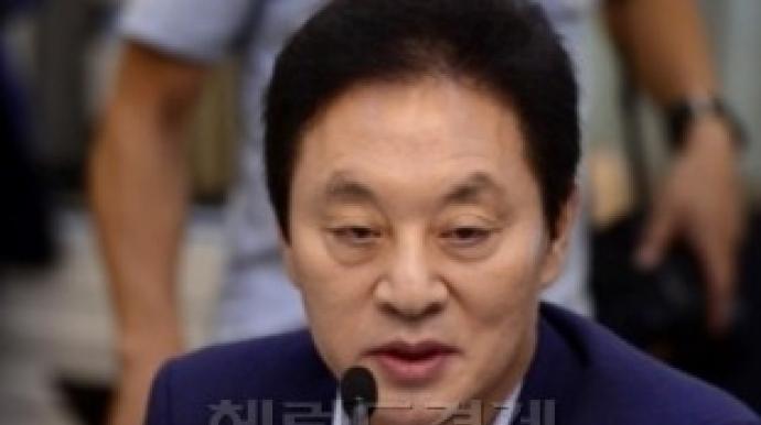 """정두언 """"MB 캠프 멘토가 거액 줬지만 돌..."""