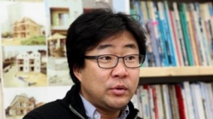 '땅콩집 대가' 이현욱 소장, 사기 혐의...