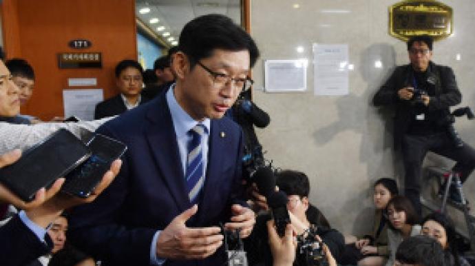 """뒷북수사 VS 외압수사 의혹…경찰 """"김경..."""