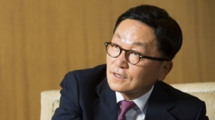 Park Hyeon-joo steps down as Mirae Asset Daewoo chairman