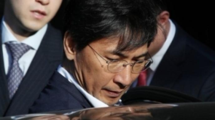 """""""안희정 '맥주' '담배' 문자메시지로..."""