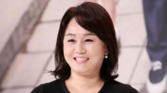 """""""이경실, 성추행 피해자 '꽃뱀' 취급은..."""
