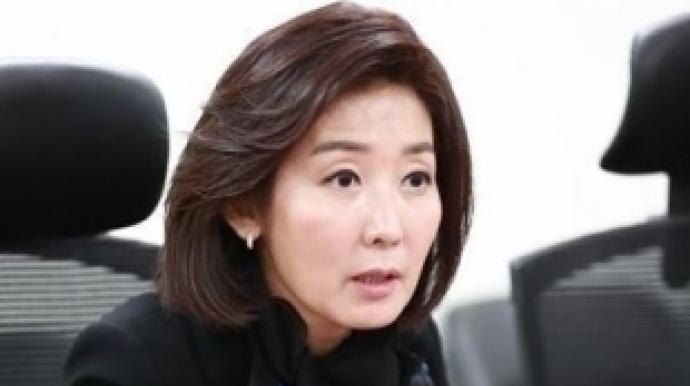 """나경원 """"안희정 차기 대통령감, 김지은 자..."""