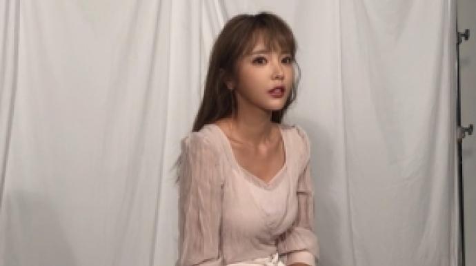가수 홍진영 웨딩드레스 입고 '찰칵'…...