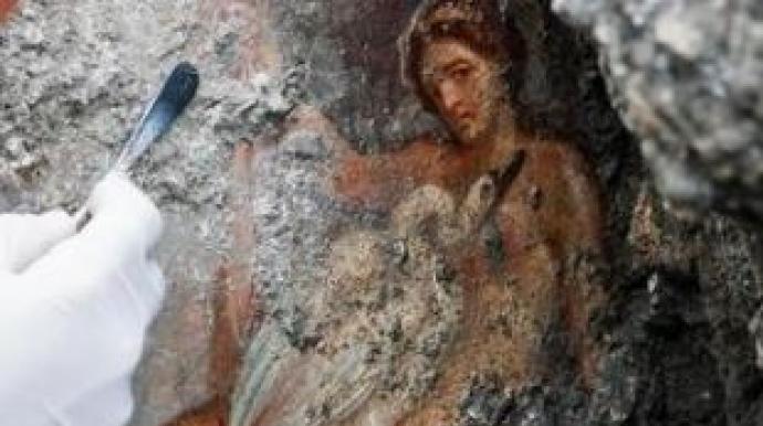 화산재에 묻힌 폼페이, 2000년 전 관능적...