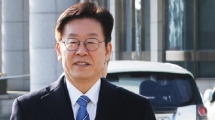 보건소 과장 '이재명 친형 강제입원' 반...