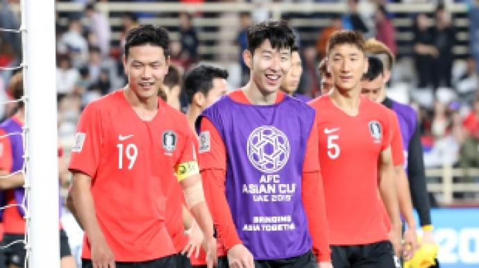 '아시안컵 축구' 한국, 중국에 완승 소...