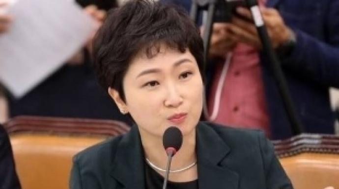 """이언주 """"손혜원 대규모 권력남용, 최순실..."""
