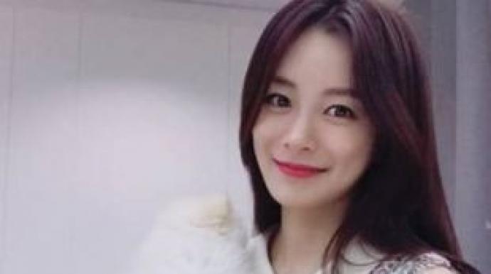 """송다은 측 """"몽키뮤지엄 오픈때 한달 근무..."""