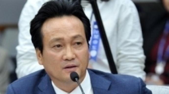"""안민석 """"윤지오 의혹, 지켜보고 있다"""""""