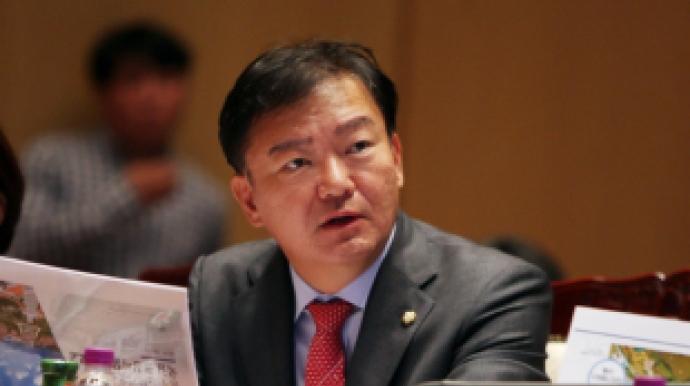 """민경욱, """"김정숙 여사, 황교안 대표와 악..."""