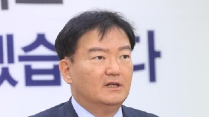 """""""더불어퀴어당 커밍아웃하라""""…민경욱,..."""