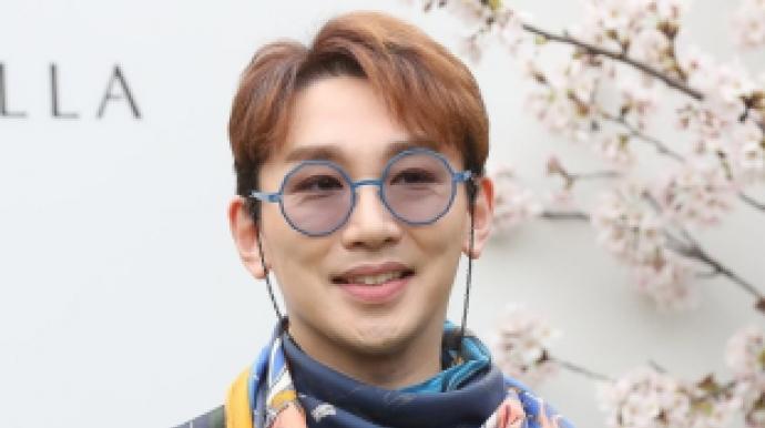 '천리마마트' 출연 중인 김호영 성추행...