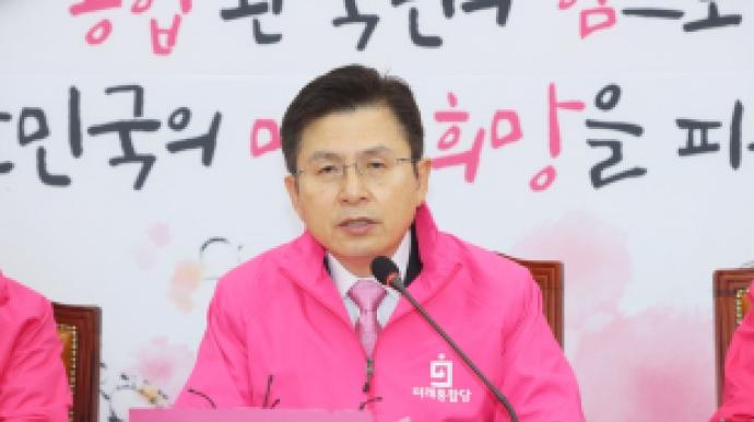 """진중권, """"황교안 전도사, 온라인예배 호소..."""