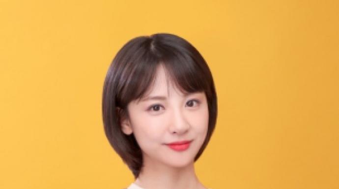"""""""혼자 있을 때 뭐해?"""" 성희롱 발언…김민..."""