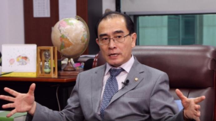 """[단독] 태영호 """"창고 푼 김정은, 中에 '..."""