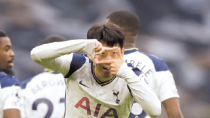 손흥민 시즌 10호골 폭발…EPL 득점 '단...