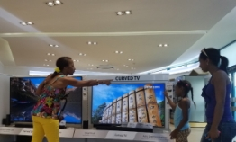 Samsung opens outlet in Cuba