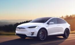 Settlement unlikely in Tesla's sudden acceleration case