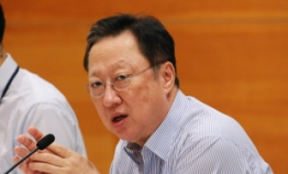 KCCI chief to act as mediator to Moon's reform drive