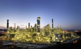 Rising cracking margins bode well for refiners