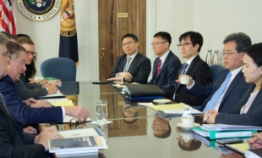 Korea, US agree to begin process to amend free trade deal
