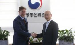 Facebook protests W396m won fine in Korea