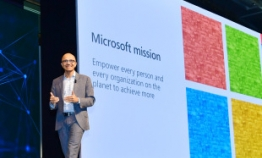 Microsoft CEO pitches efficacy of AI, cloud computing