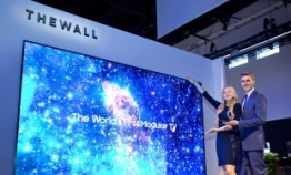 Samsung continues to lead commercial display market: report