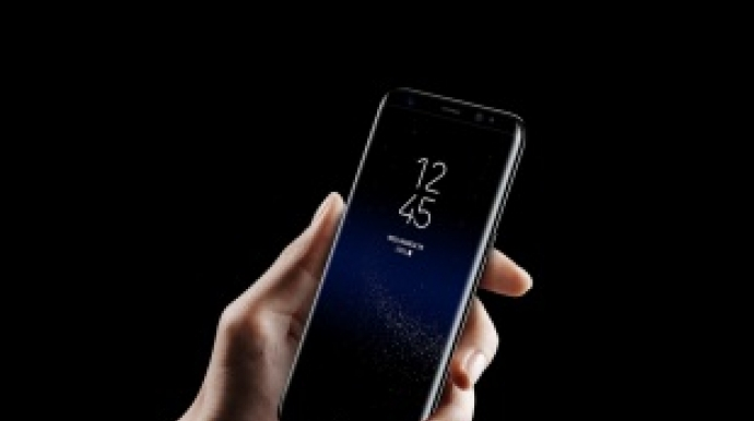 Samsung says Galaxy S8 sells faster than S7