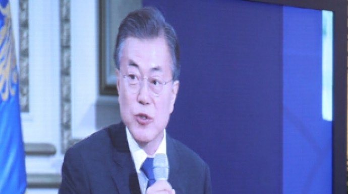 Moon reiterates no war on peninsula, Seoul and US have shared vision