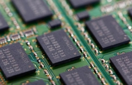 Samsung beefs up foundry business
