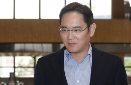 Samsung heir flies to Saudi to check on metro project