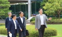 Samsung, SK hynix ask local suppliers to replace Japanese parts