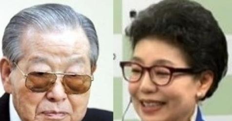 """김종필, 우연히 만난 박근령에 """"자주 연락하자"""""""