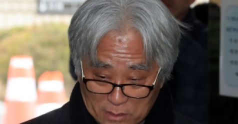 """추악했던 예술가 이윤택, 결국 구속…""""죄 받겠다"""""""