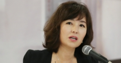 """공지영 """"김부선, 죽음 직전서 내 증언으로 살아나"""""""