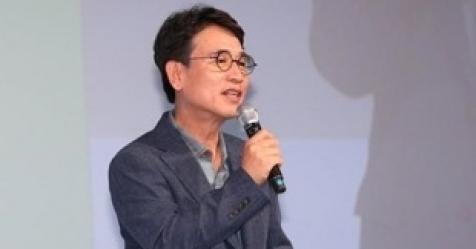유시민, 노무현재단 신임 이사장 내정…10월 이사회 의결 ...