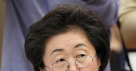 '뿜빠이 겐세이' 부끄러워…이은재, 속기록 수정 요청