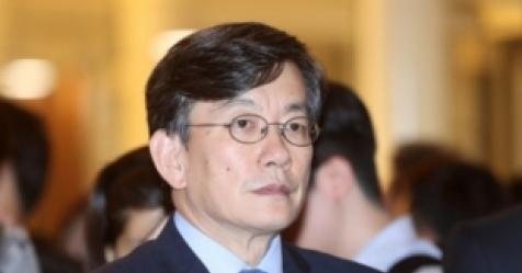 손석희 폭행·배임 혐의, 경찰 최종 판단만 남아