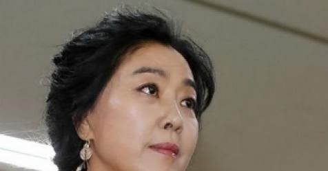 """뿔난 김부선 """"김어준·민주당, 왜 윤지오만 도와줘?"""""""